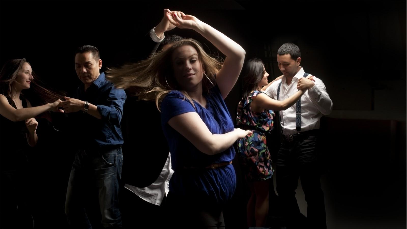 Wallpaper Girl Dance