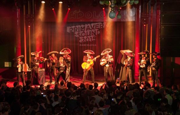 Los mariachis del Primavera, en acción // Eric Pàmies