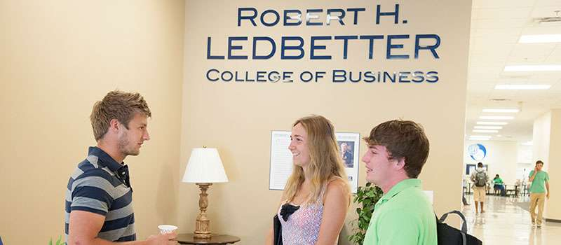 Deiffrence between Bachelor of Science in Accounting and Bachelor of Business Administration? ?