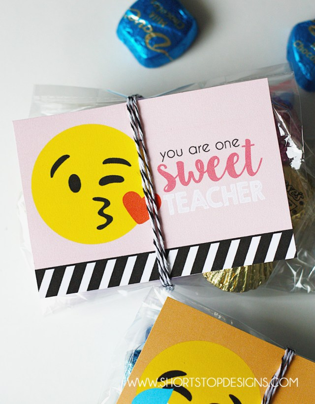 Emoji gift tags