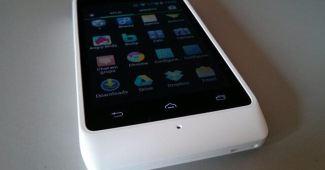Razr D1 tem upgrade garantido para o Android 4.4 KitKat.
