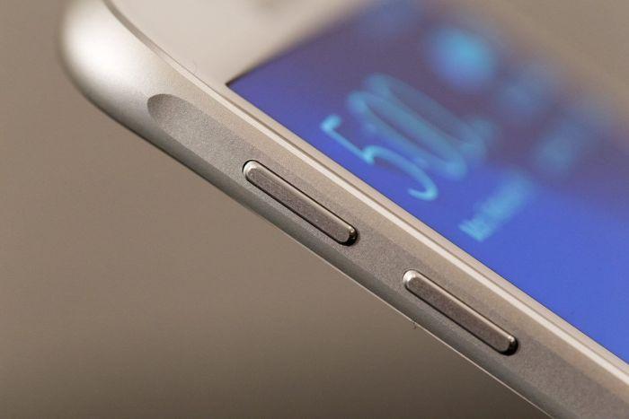 smt-Samsung-Galaxy-S6-multitasking