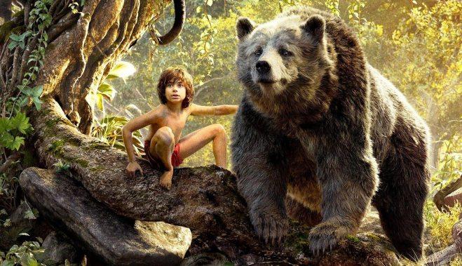 Mogli e o urso Baloo, com a voz de Bill Murray