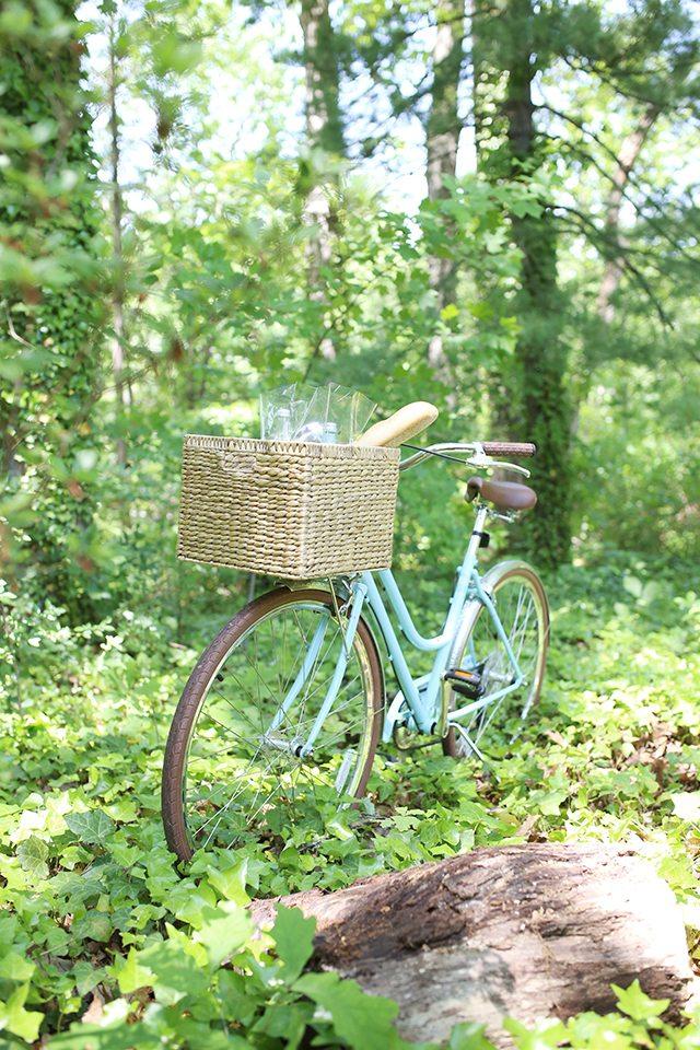 Tips for Choosing the Right Bike Basket - Woven Wicker Basket
