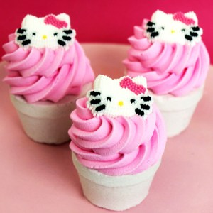 Hello Kitty Cupcake Bath Bomb Shut Up And Take My Yen : Anime & Gaming Merchandise