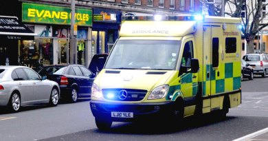Ambulance - photo by Eddie on Flickr
