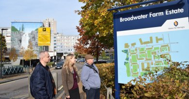 Sian visits Broadwater farm with residents' group