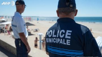 police-sur-plage