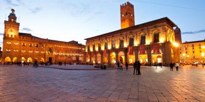 foto piazza maggiore a bologna