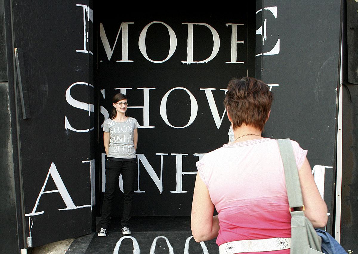 modeshow ingang