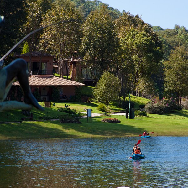 Aficionados a la pesca Sierra Lago