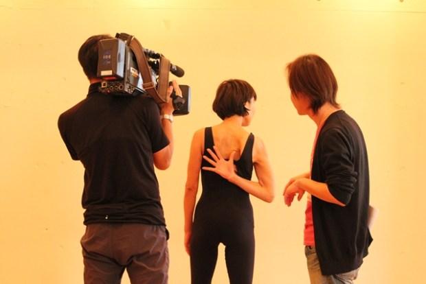 肩甲骨ヨガ テレビ収録画像1