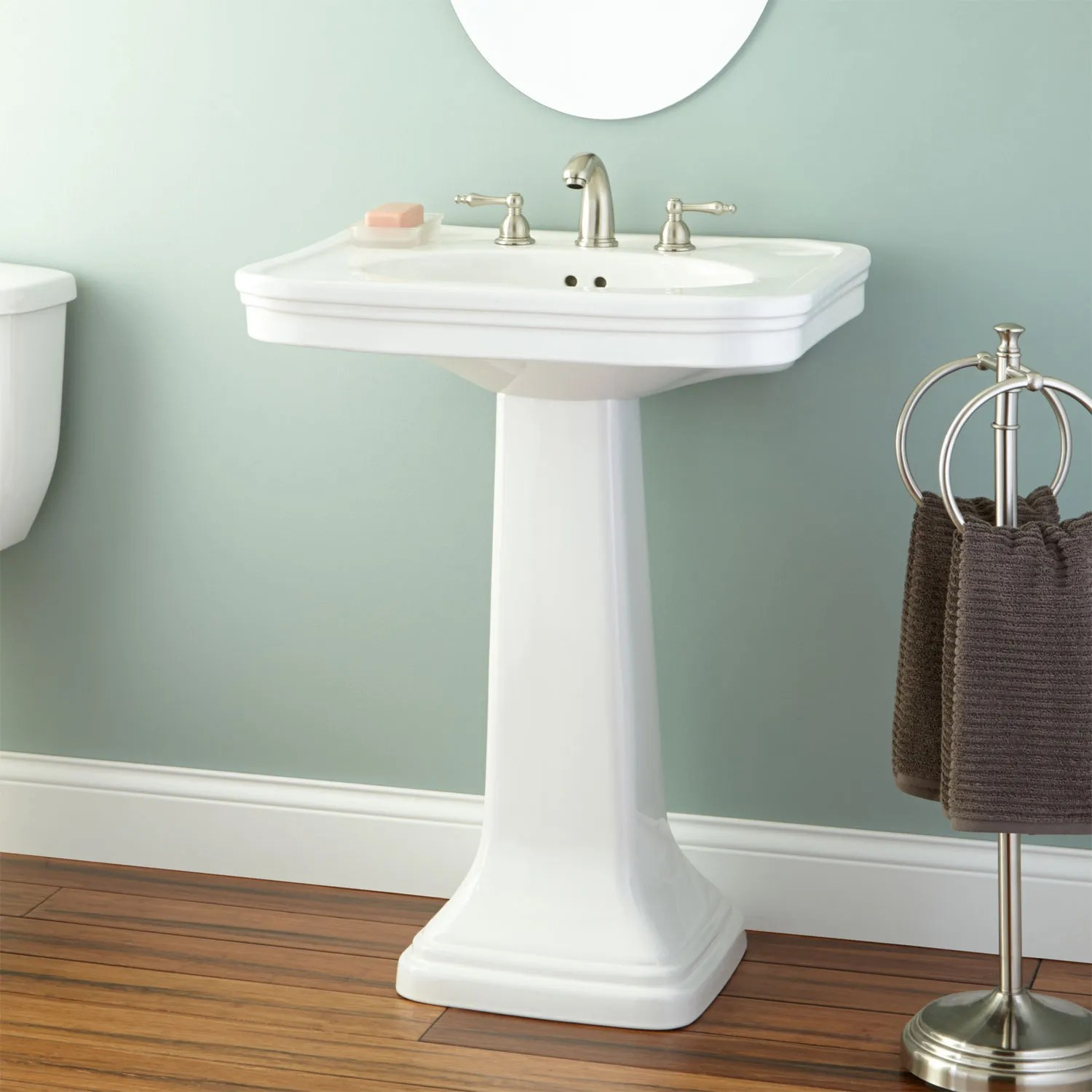 Melus Pedestal Sink Bathroom