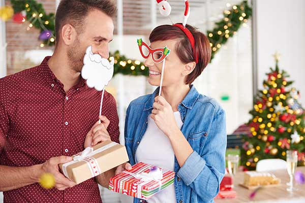 30 Office Christmas Party Games - office fun games