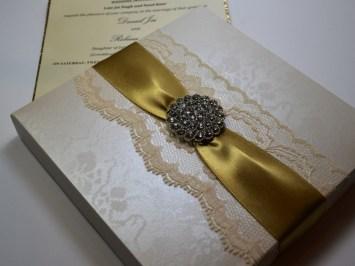 Sijara Image 11 - Boxed Invitations