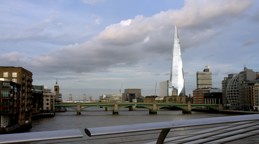 2014-millennium-bridge-london-uk-02