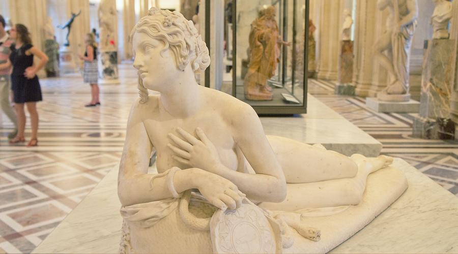 2014-louvre-museum-paris-france-50