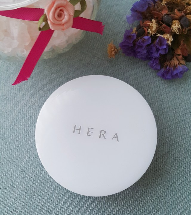 NO. 2: HERA UV MIST CUSHION (COVER) SPF 50/ PA+++
