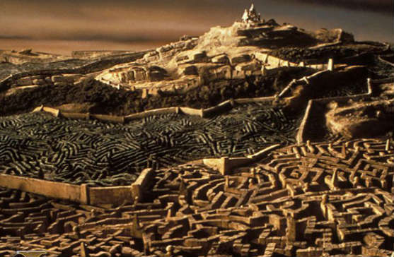 It's a long way to the castle beyond the Goblin City Labyrinth