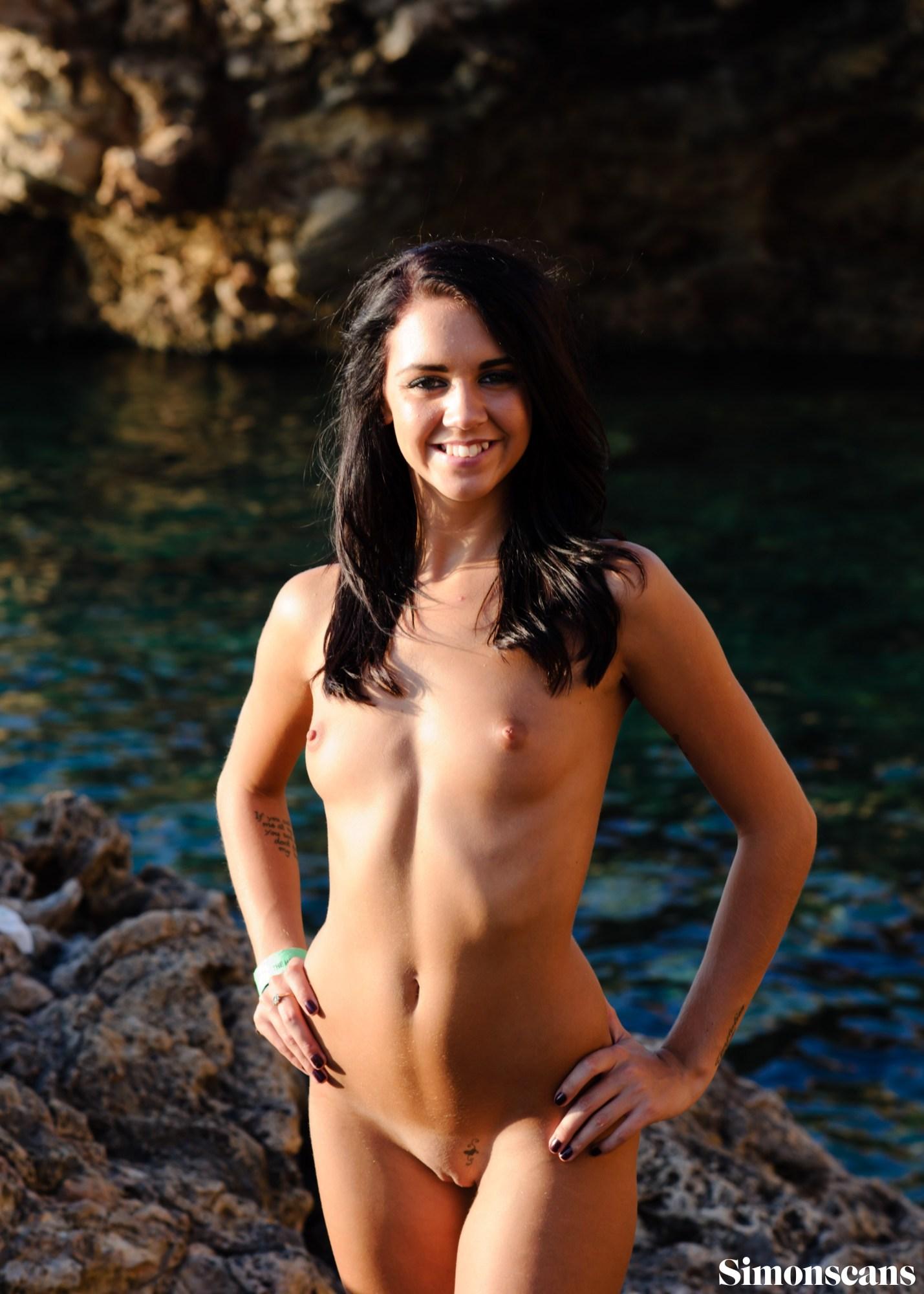 Charlene, Ibizan