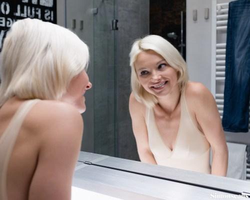 Azazie in the mirror