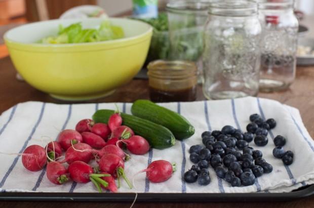Crunch-crunch A week of (make ahead) spring salads in jars - prep cook