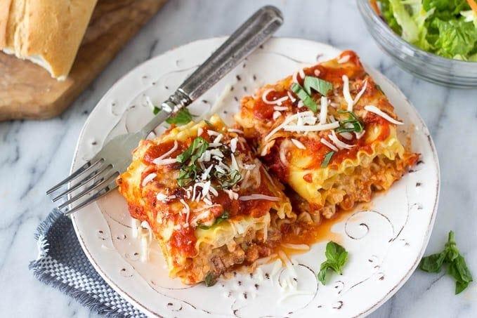 spinach-artichoke-lasagna-roll-ups featured