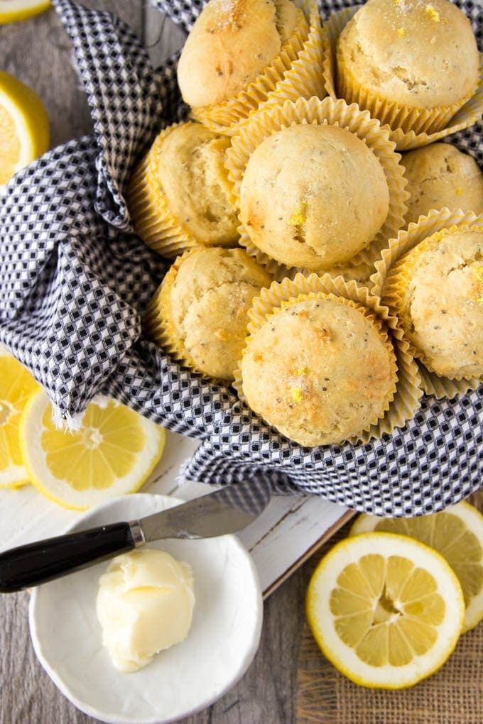 lemon-ricotta-chia-seed- muffins 4