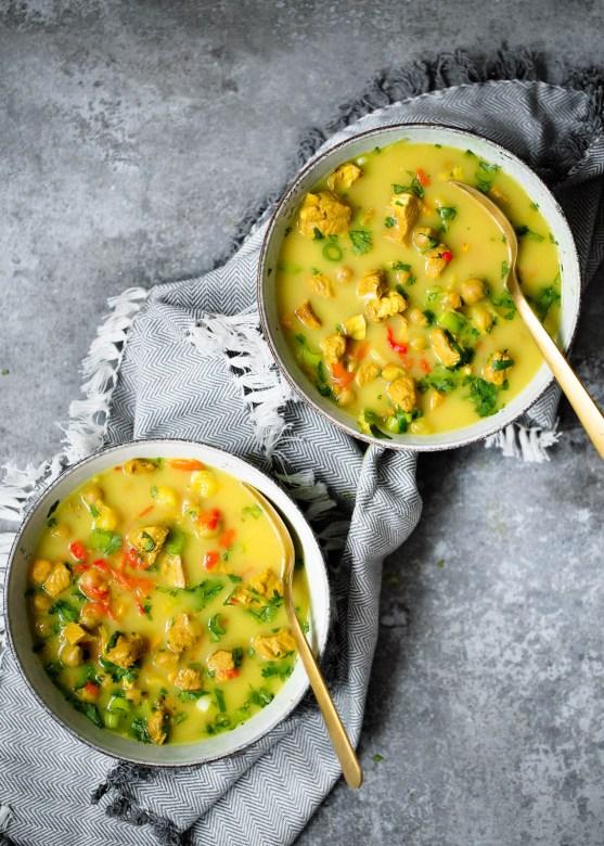 Winter-Tumeric-Chickpea-Chicken-Soup