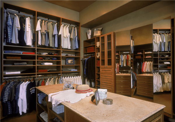 25 Walk In Closet Designs Everybody Dreams About