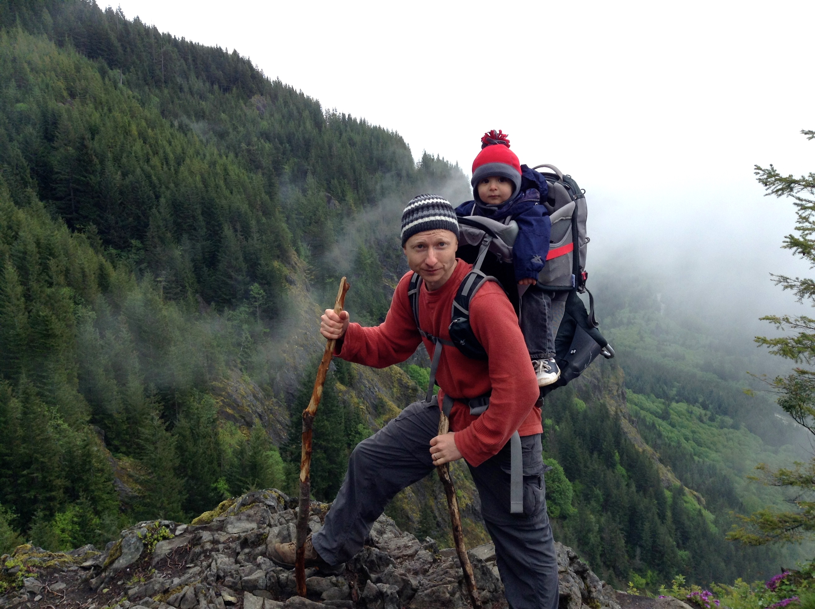 Five Reasons To Go Hiking With Your Kids – Simply Exploring