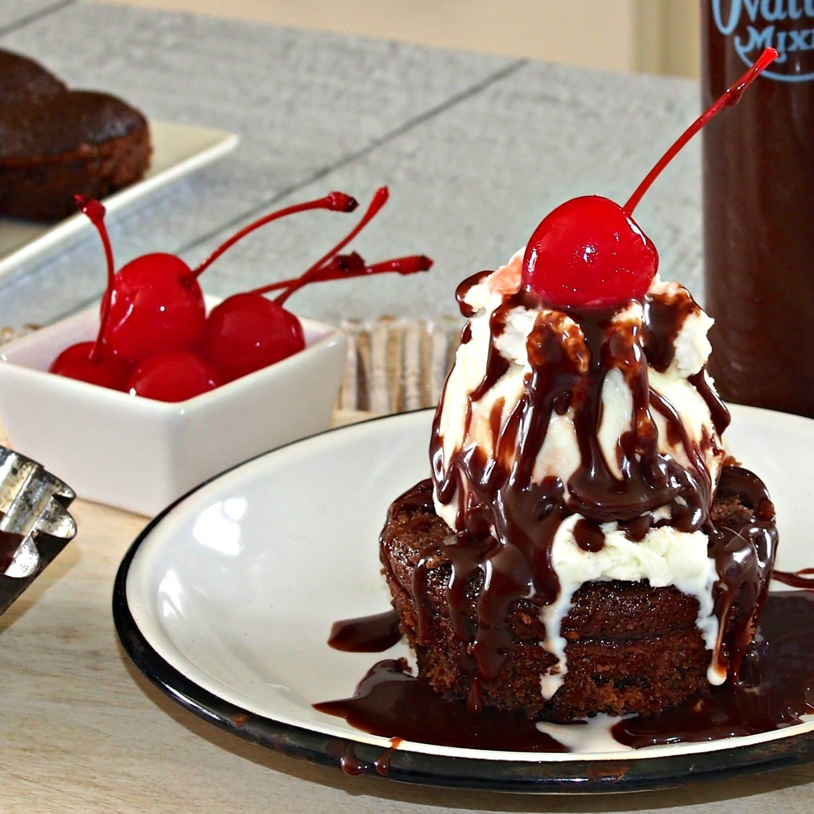 Hot Fudge Sundae Cupcake - Simply Sated