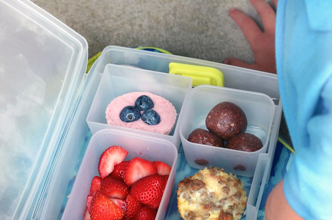 5 MORE Healthy Whole-Food Lunches + Bentology Lunch Box GIVEAWAY