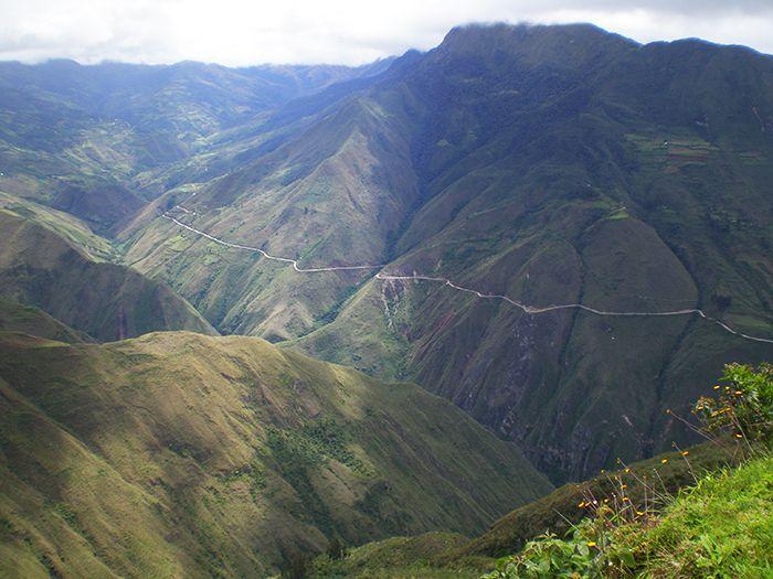 Vistas desde El Pueblo Alto en Kuelap