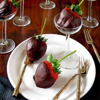 Chili Chocolate Dipped Strawberries