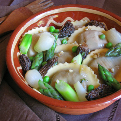 wildmushroom spring vegetable asparagus morel ragout