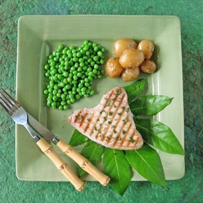tuna mint sauce dinner