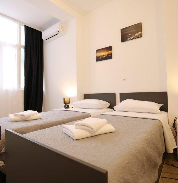 Room1_58