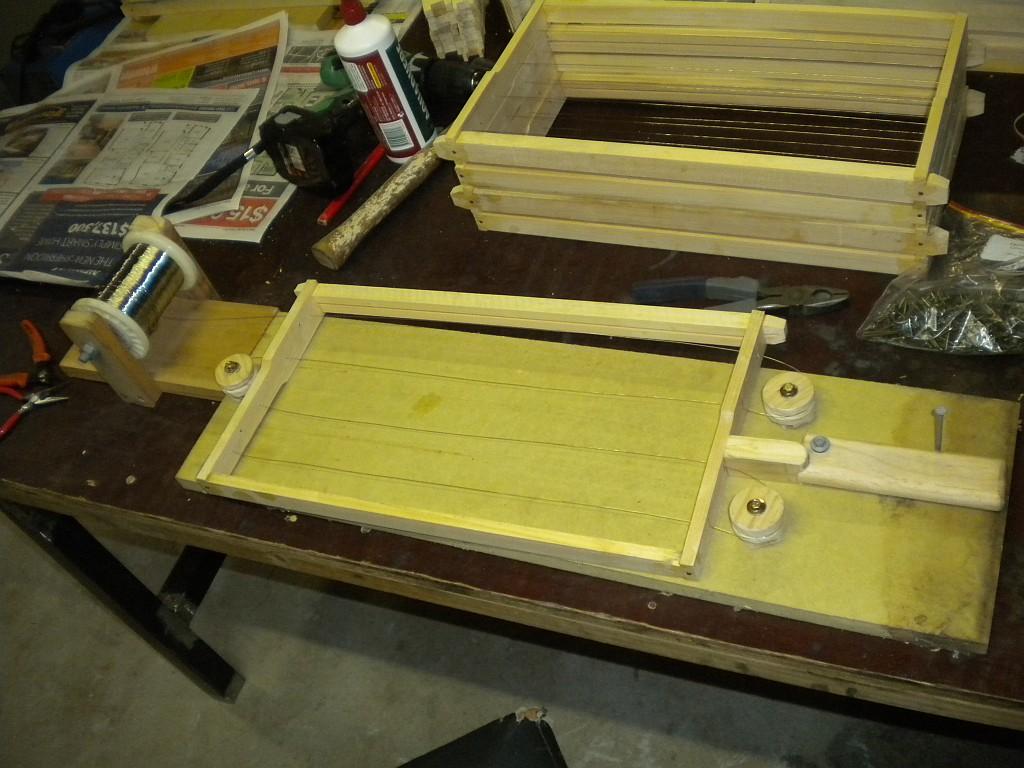 bee frame wiring board jig