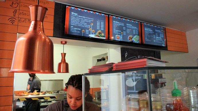 embed-signage-digtial-signage-software-arancini-brothers-staff