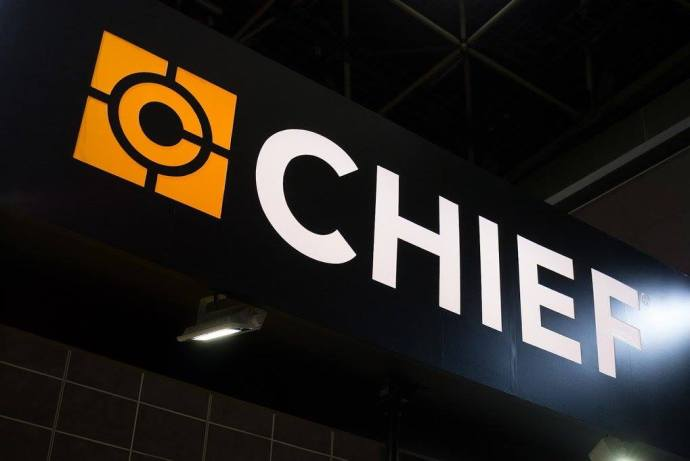 chiefsignbanner