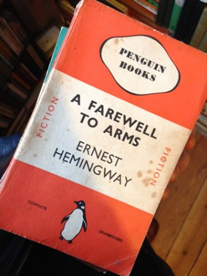 A Farewell to Arms, Ernest Hemingway, Penguin Books Edition