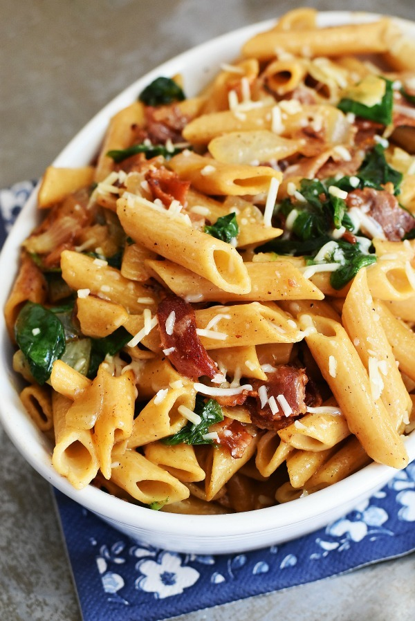 Bacon, Spinach Caramelized Onion Pasta