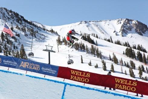 Louie Vito snowboard, Louie Vito halfpipe snowboarder