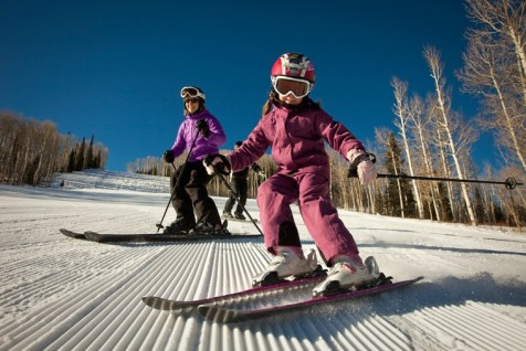 Snowmass family skiing