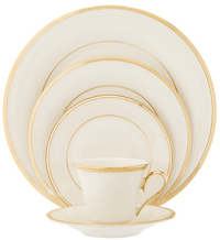 19 Dinnerware Sets Made In The USA | Skillet Love