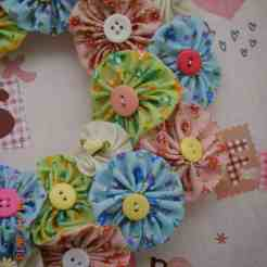 Yo Yo Flower Wreath