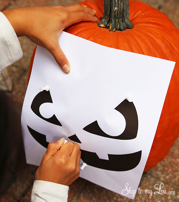 Easy Pumpkin Carving Ideas and Tricks FREE pumpkin carving templates