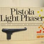 Pistola Light Phaser em sua embalagem