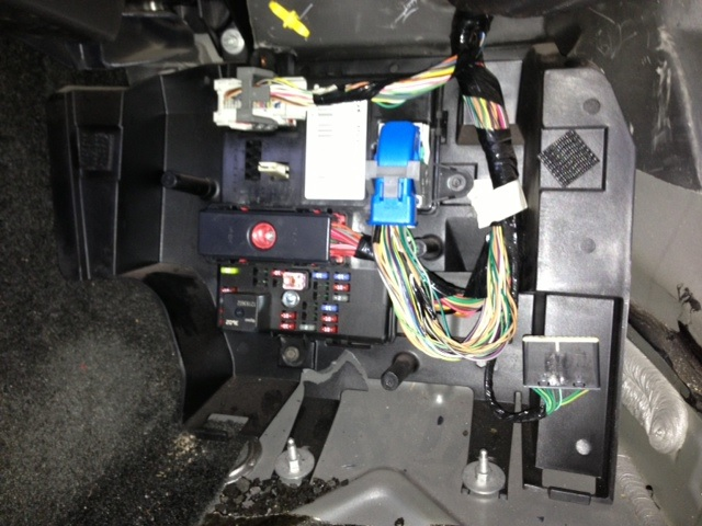 Need pics of the rear BCM wiring harness for the 2007 Sky - Saturn
